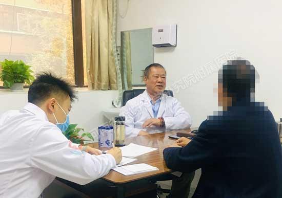 北京肝病专家在河南省医药院附属医院会诊中:科学治肝,专业治肝